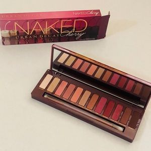 Urban Decay Naked Cherry Palette BNWT
